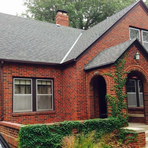 Beautiful-Exterior-House-Paint-Colors-That-Compliment-Red-Brick-By-Brilliant-Ideas